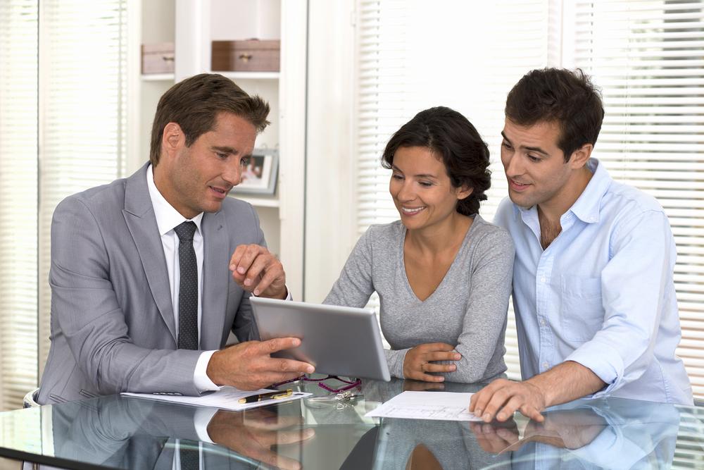 10 lucruri de care să ții cont când vrei să iei un credit pentru locuință